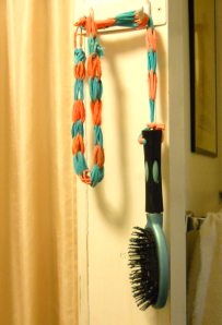 PHOTO-Tethered Hair brush